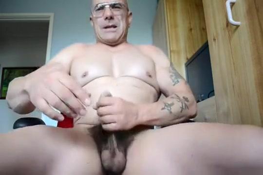Cream pie! Horny chubby mature anal fucked