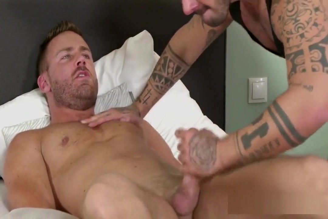 Rough Top Fucker Gets Some Ass Free online stream 18 inch cock