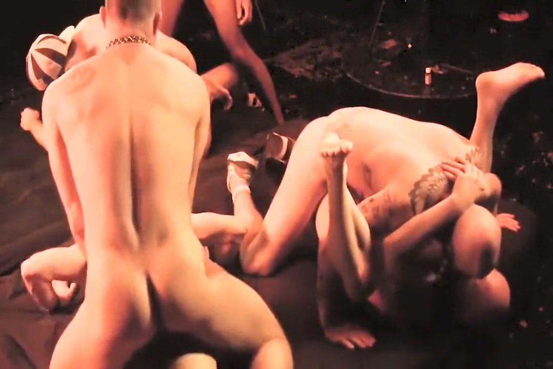 London uncut BB orgy Free Nude Pics Big Boobs
