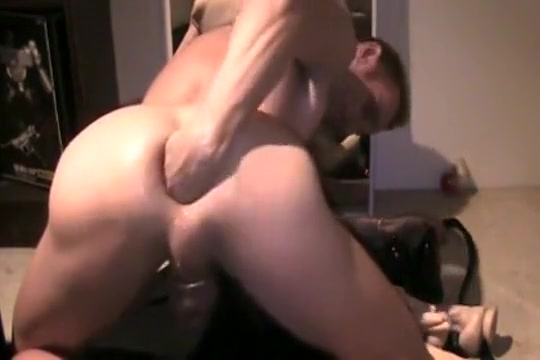 shoot 13 Billiard Balls Out of his man cunt daisy of rock of love nude