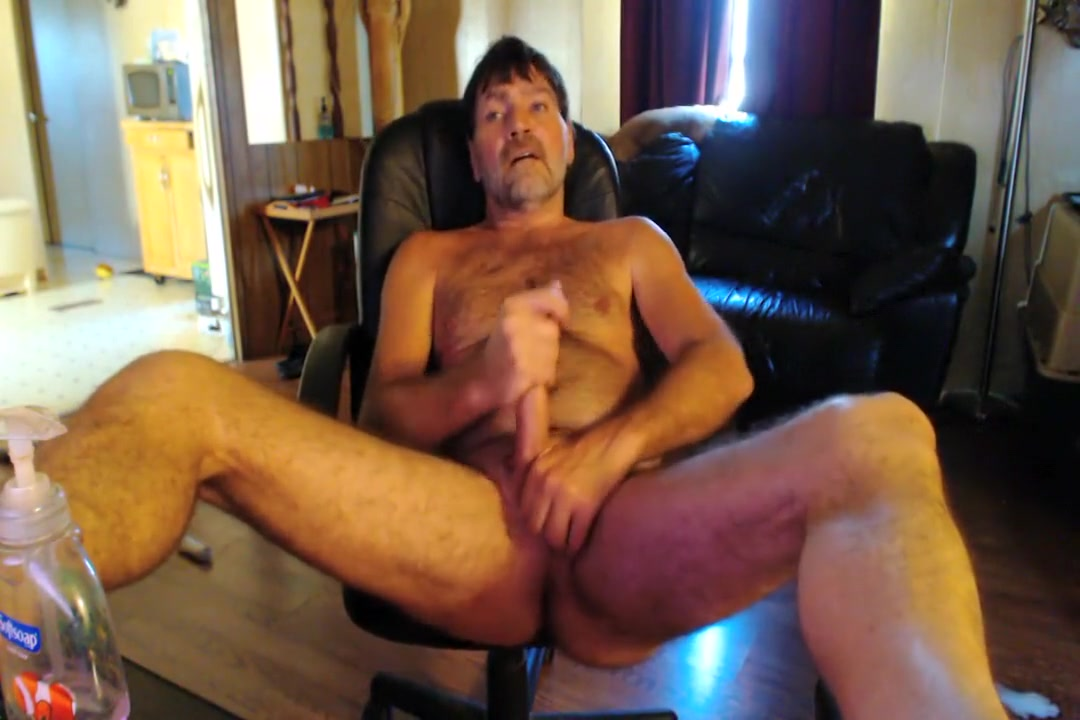 Redneck fingers Furry hole an cums Milf whore loves two cocks