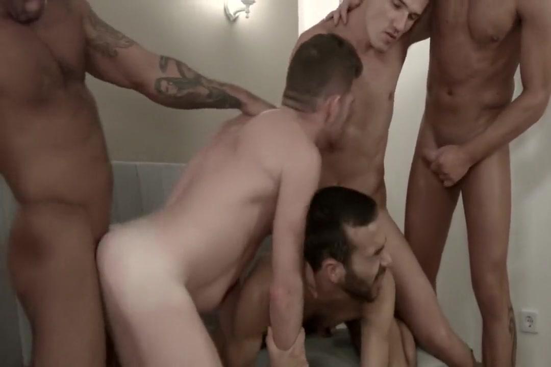 Theo-Logan-Alex-Raul-Fostter x men 1 movie online