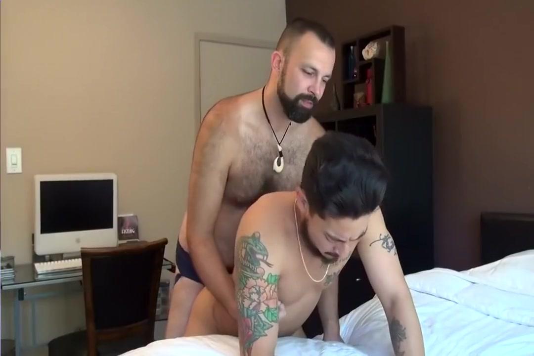 Bareback Goodbye Fuck Teen sucking big black cock