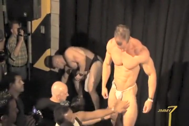 Muscle Stripper Nude Pics Of Leone