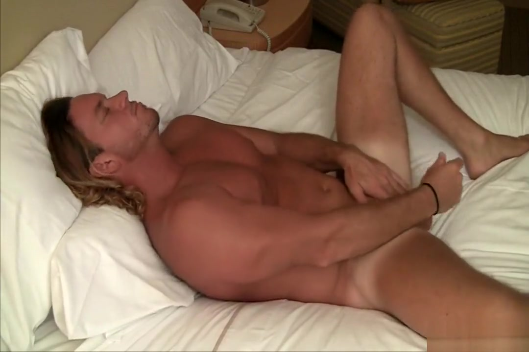 Zack shows off Tennessee dating