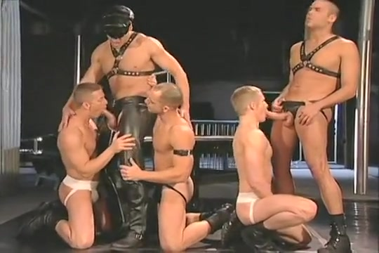 Leather 5-way Furry shemale porn galleries