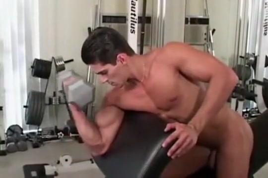 Niko Gym Solo Masturbating in wet panties
