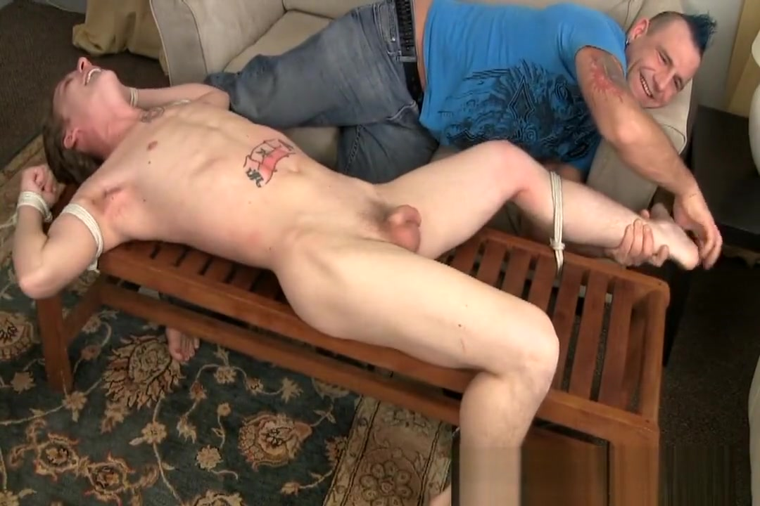 jerked and then tickled German Familien Sex