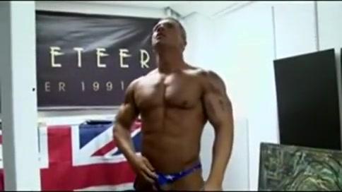 Braden Charron jerks off Naked Gay Men Photo