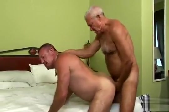 Buck and Dick fuck beautiful naked girl video