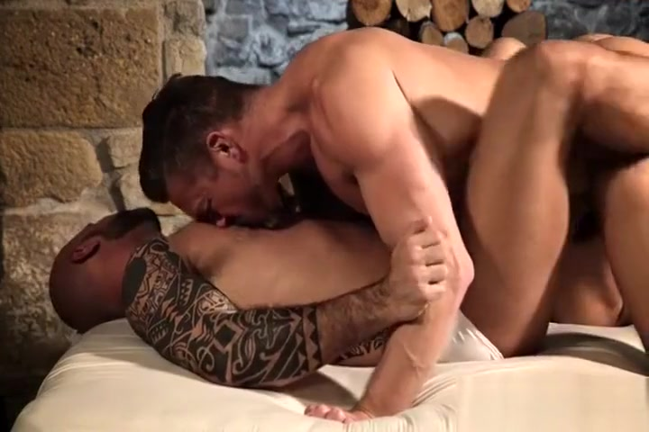 Muscular Men Bareback and Share Cum backroom couch casting porn
