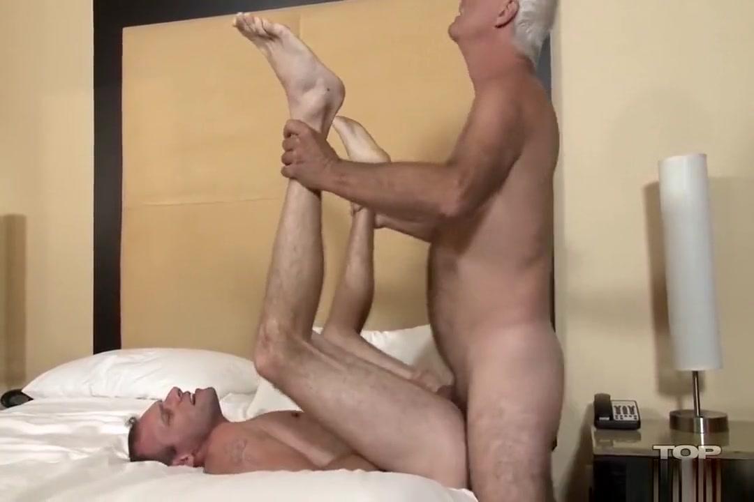 Berker fucks Taylor raw mature couples porn selfies hot porn watch and download mature 3