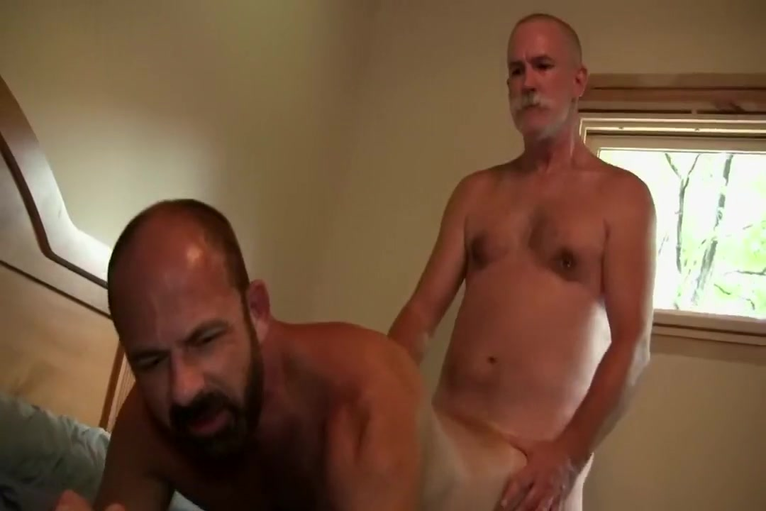 Trace and Rex fuck raw How to start hookup someone at work