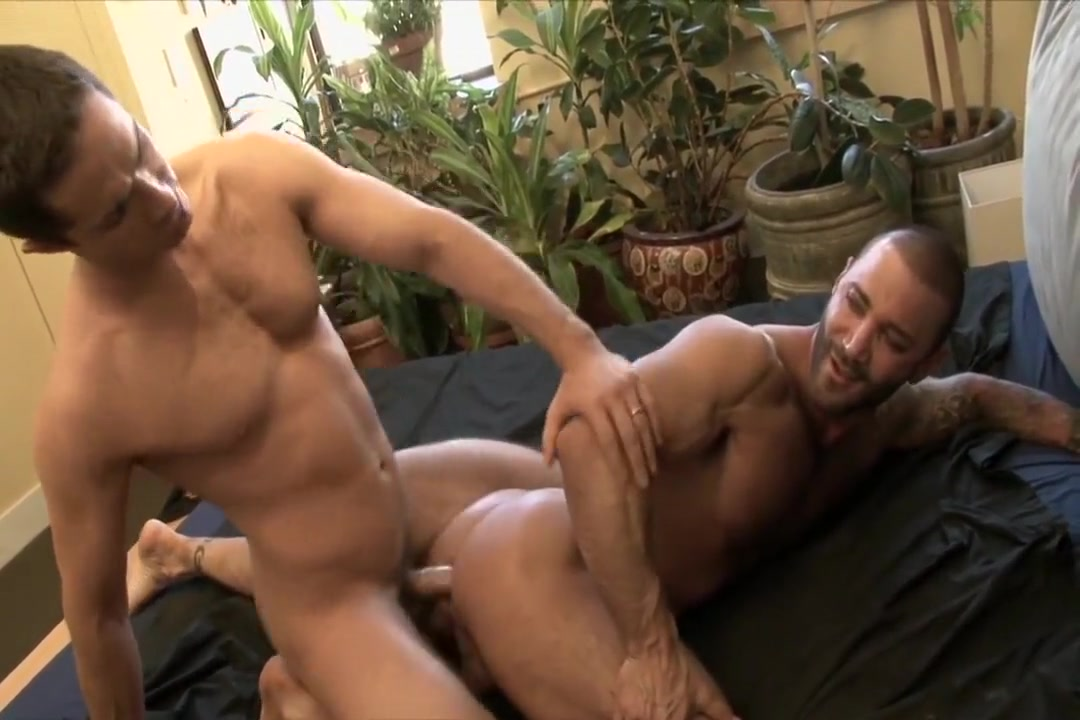 Michael Lucas and Junior Stellano The click ultimate attraction
