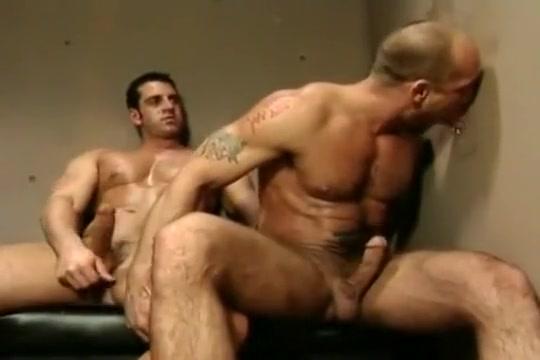 Jake Deckard & Matt Cole Scooby doo porn yeti