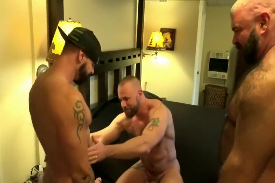 Three bears fuck raw Easiest place to hook up in london