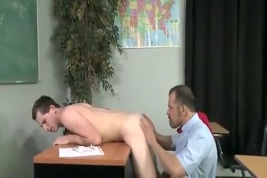 Teacher-Student Real girls amateur homemade lez pussy action