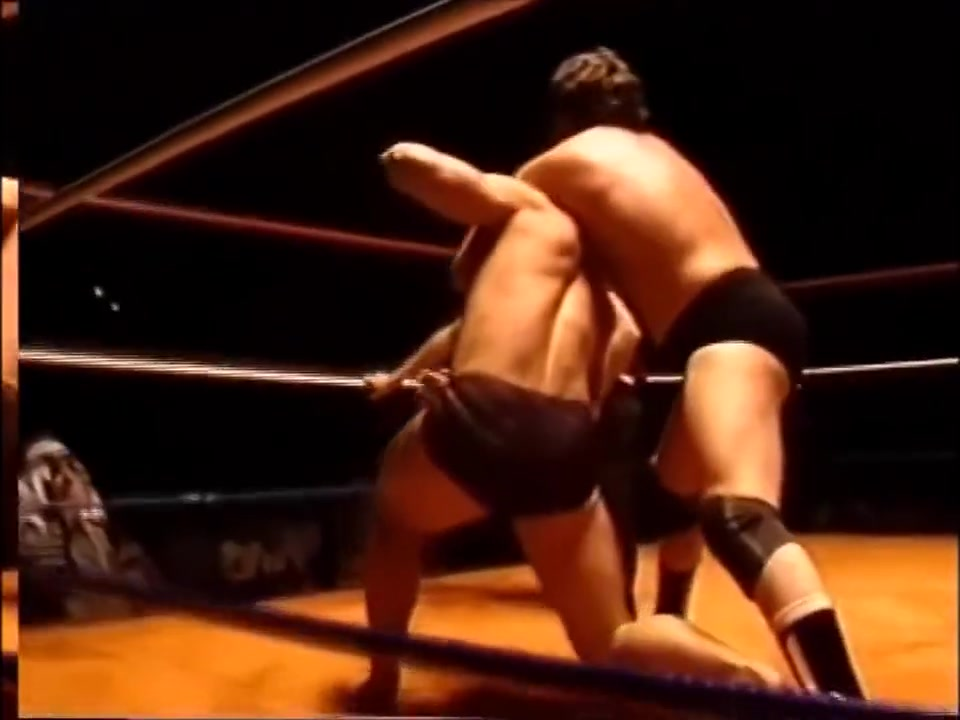 Hot Old School Wrestling: Kevin vs Ted Attractive bbw for hot fit male in Drummondville