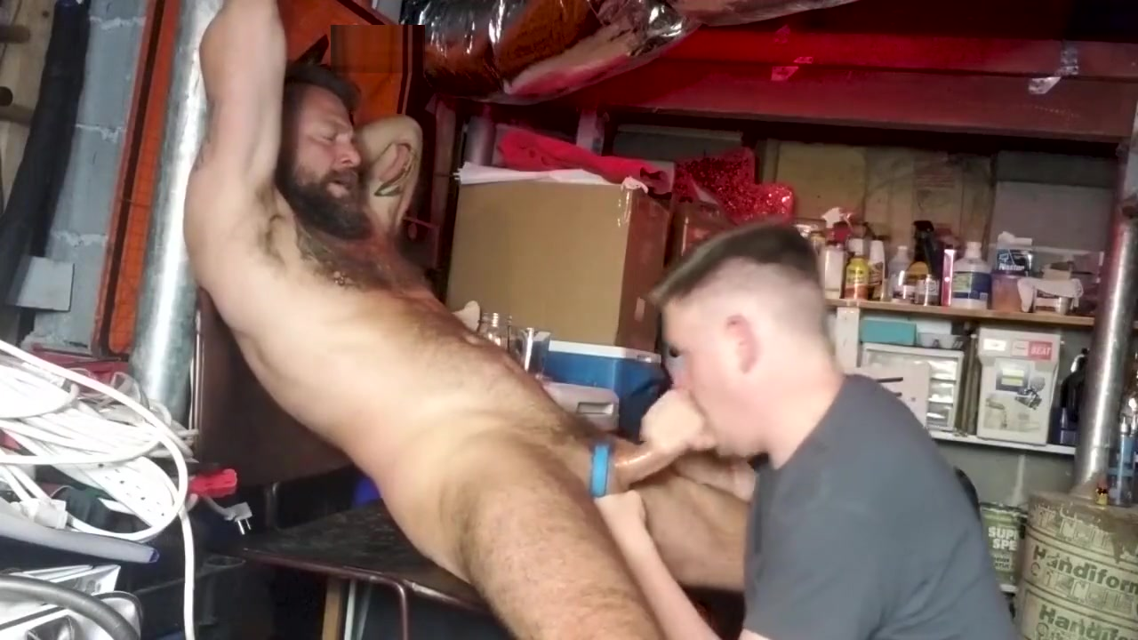 Giving Andy a Blowjob in the Basement black women free sex outcold video