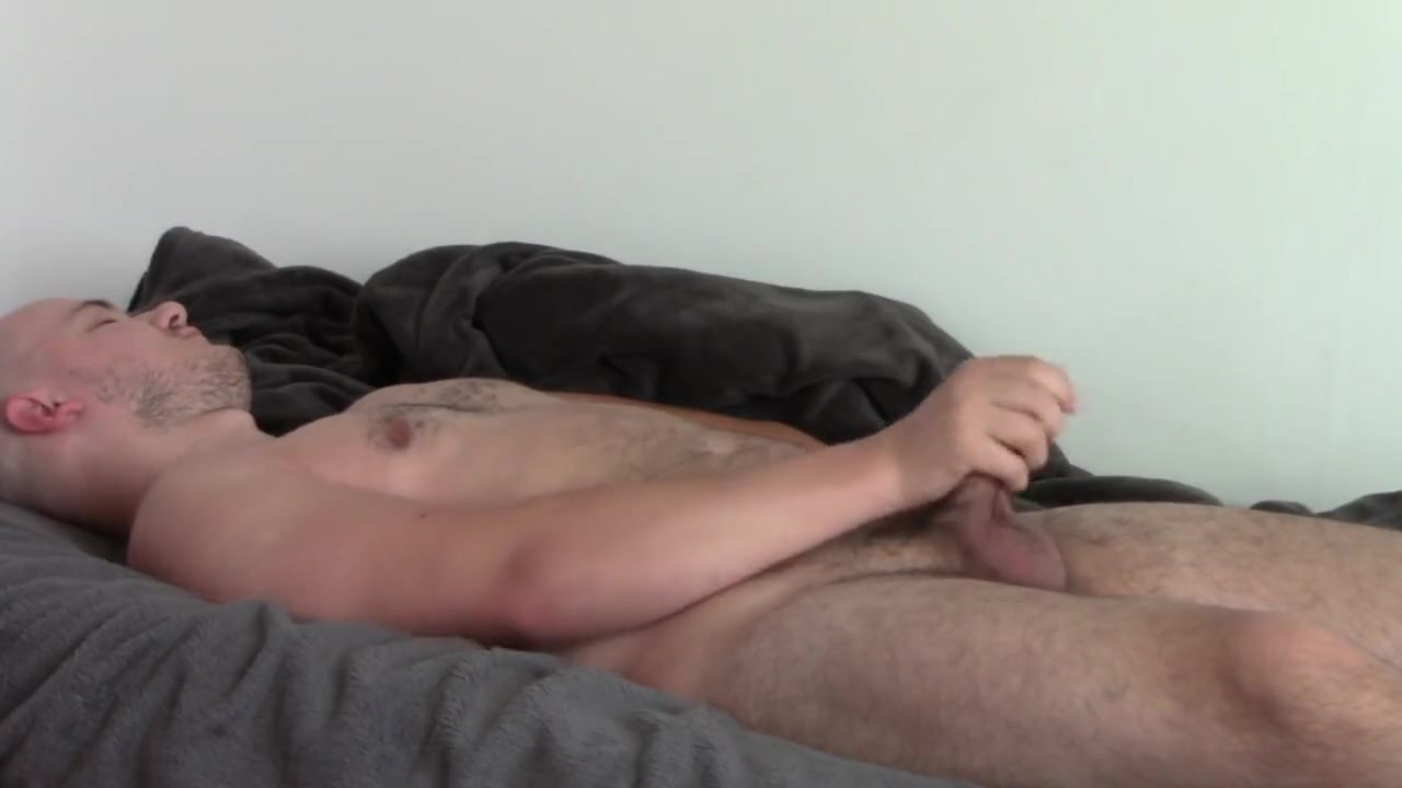 Young boy is playing with his cock Www Db69net