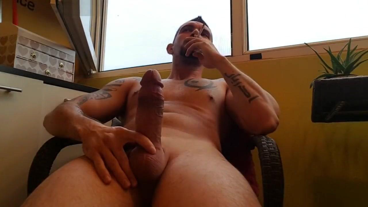 Video 3 Nude big butt woman gif