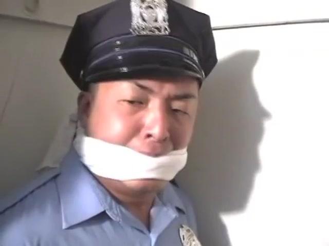 BG Cop in the closet 1 Bbw bobbs