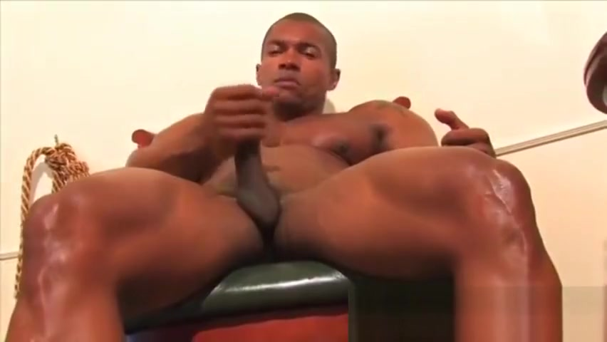 Black Adonis cum and shower! Hot, very hot! Hairy Gay Cum Porno