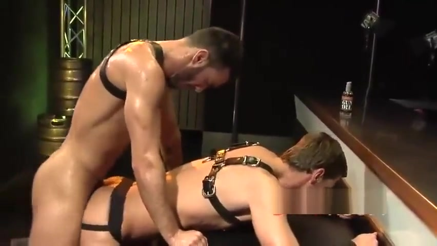 DarkRoom Oral perform sex video