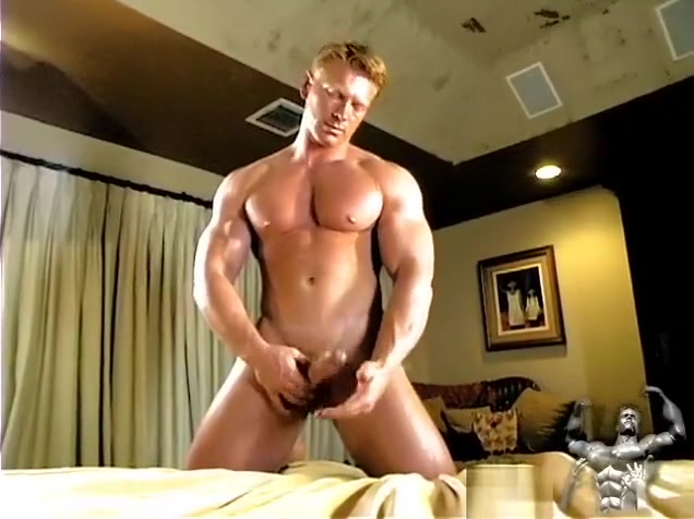 Muscle Worship Rob Cody Cums! Don t date a girl who reads
