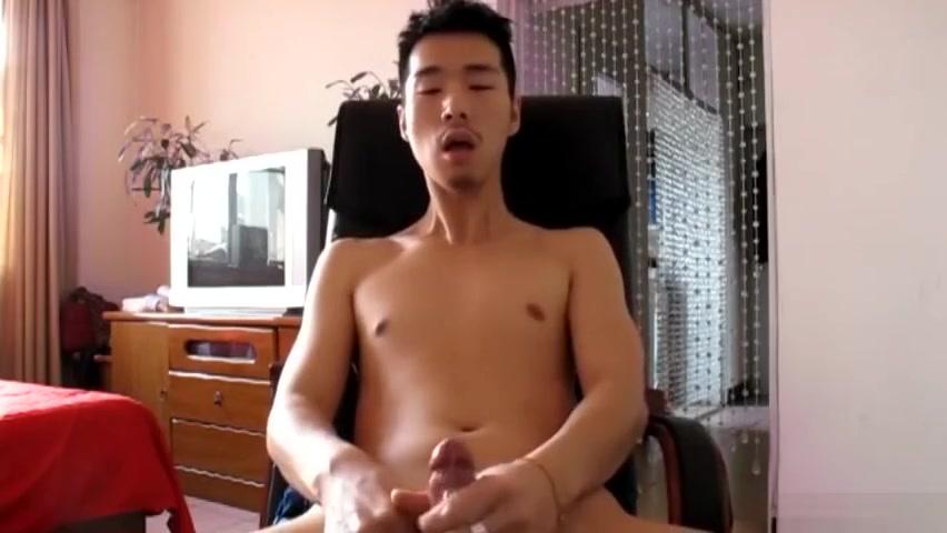 khi dan ong xu?t tinh Nude censored