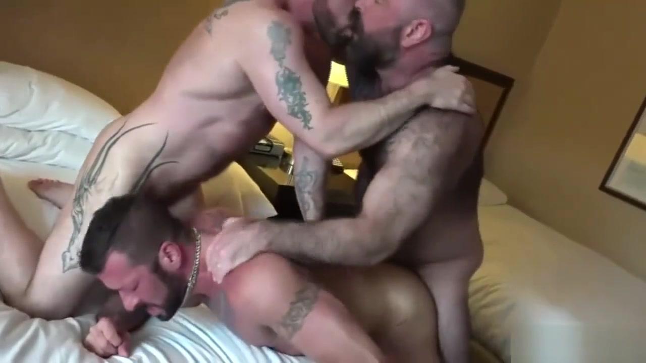 Three bear tattoo daddy fucking fucked Make bbw yellowbone squirt