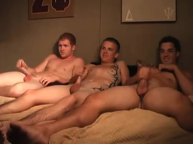 TRIO GUYS european amatuer sex video