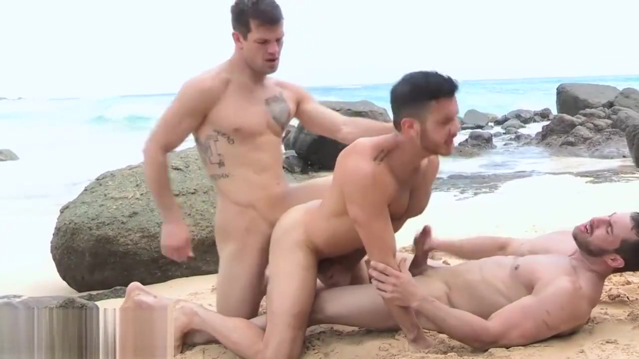 Hot gay threesome at the beach and double anal pron stars squishing nuts and cocks