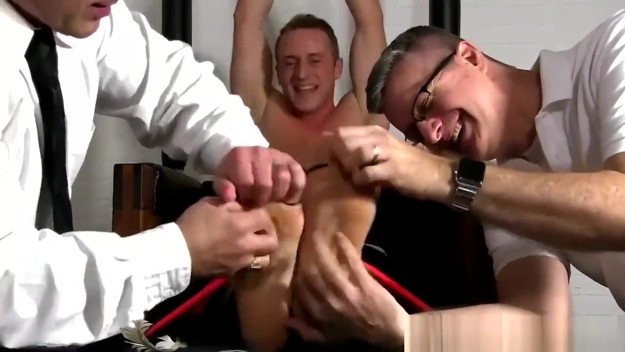 Jock Tickled in Prison free home amateur video