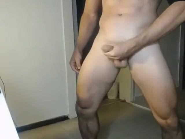 [CAM] Fabrigas (2) muscle girl fucks guy
