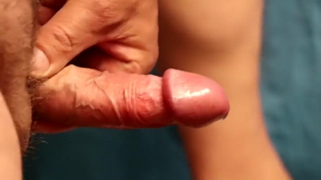 Schwanz gewichst, geil abgespritzt Blonde mature creamy masturbation