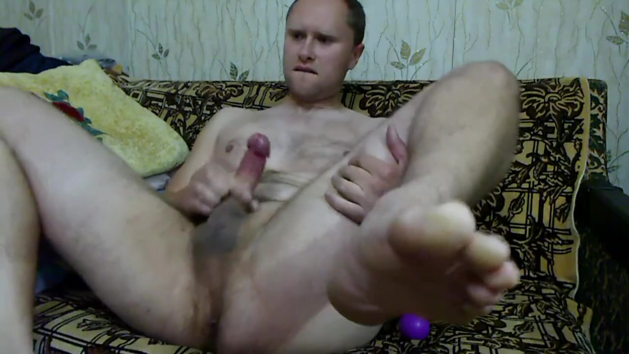 Sexy white guy strokes his hard cock HD videos muscular gay men