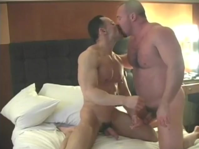 Smoking bears meet up in hotel room Penelope mitchell sexy