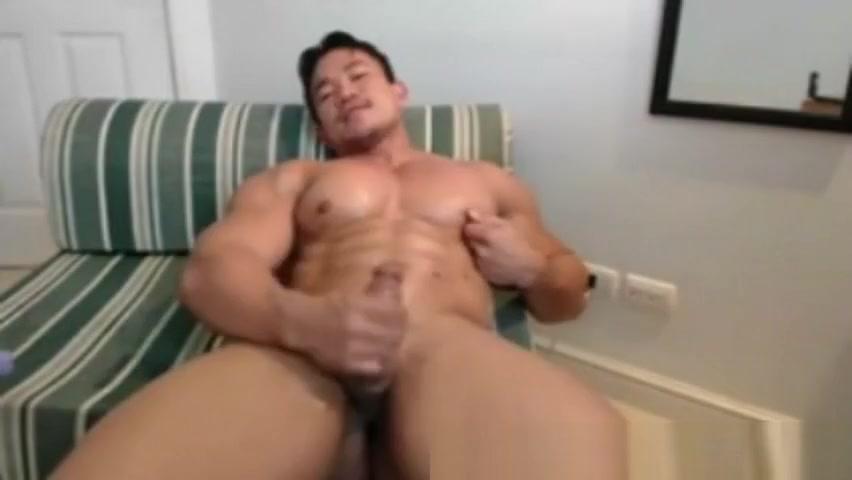 Joseph Fernandez Seductive Show Yurizan beltran blowjob