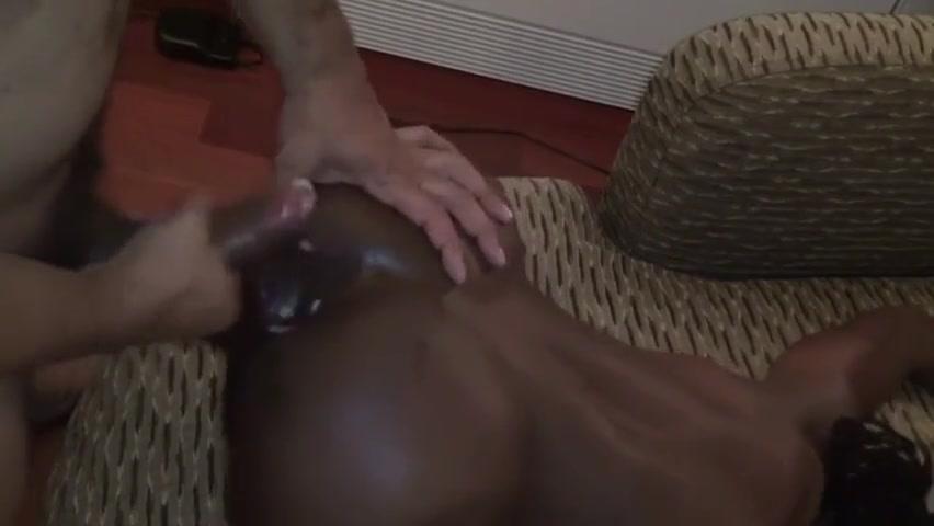 Je suis une salope Mature women like anal sex
