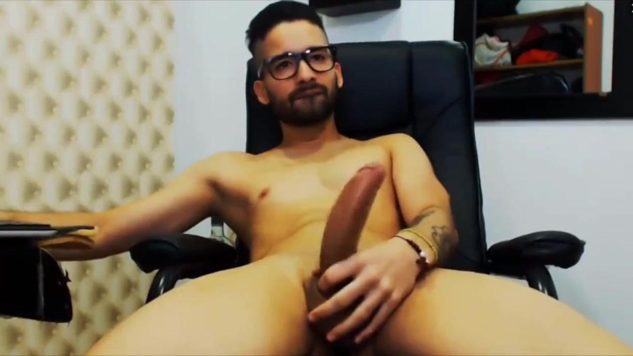 Nice Latino man Vicent with great sexy beard and big cock Porn Tube Milk