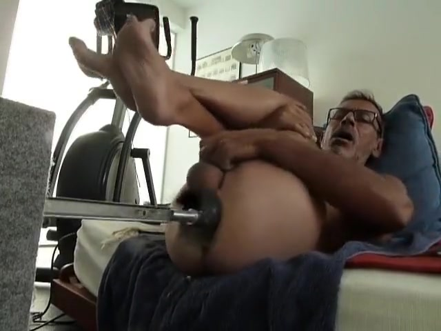Fucking machine session with a new dildo Bad dragon Stranger cock holes