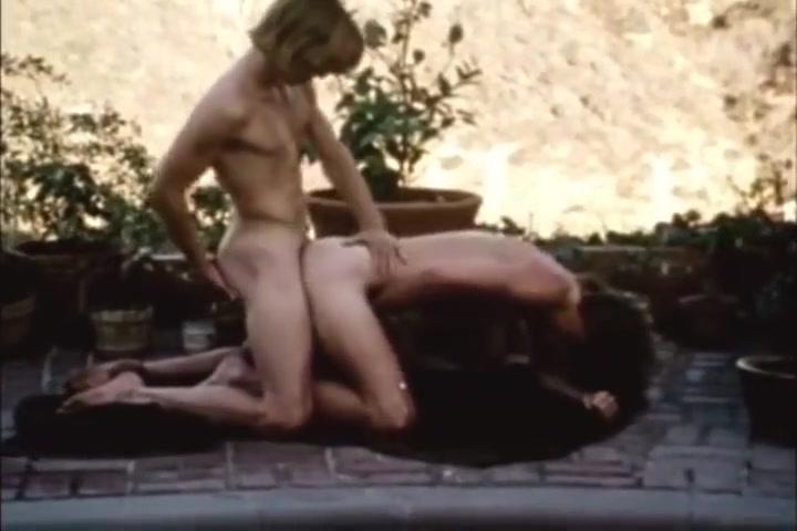 Busy Boys (1975) Akhiyan ch pale akhiyan sukhshinder shinda