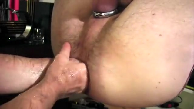 assworker vs cutefistpig Shemales love monster cocks