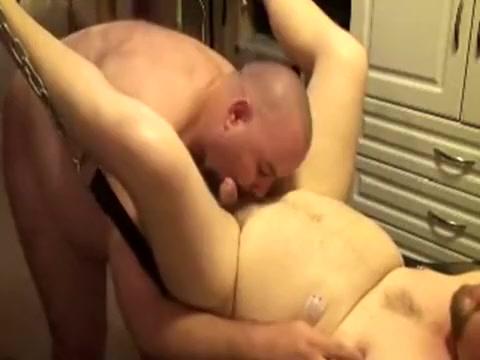 Gving my Huzbear what he wants! Shemale black butts xxx