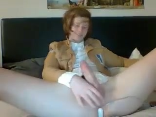 C H A T U R B A T E C A M S H O W Tight flexible pussy on my desk