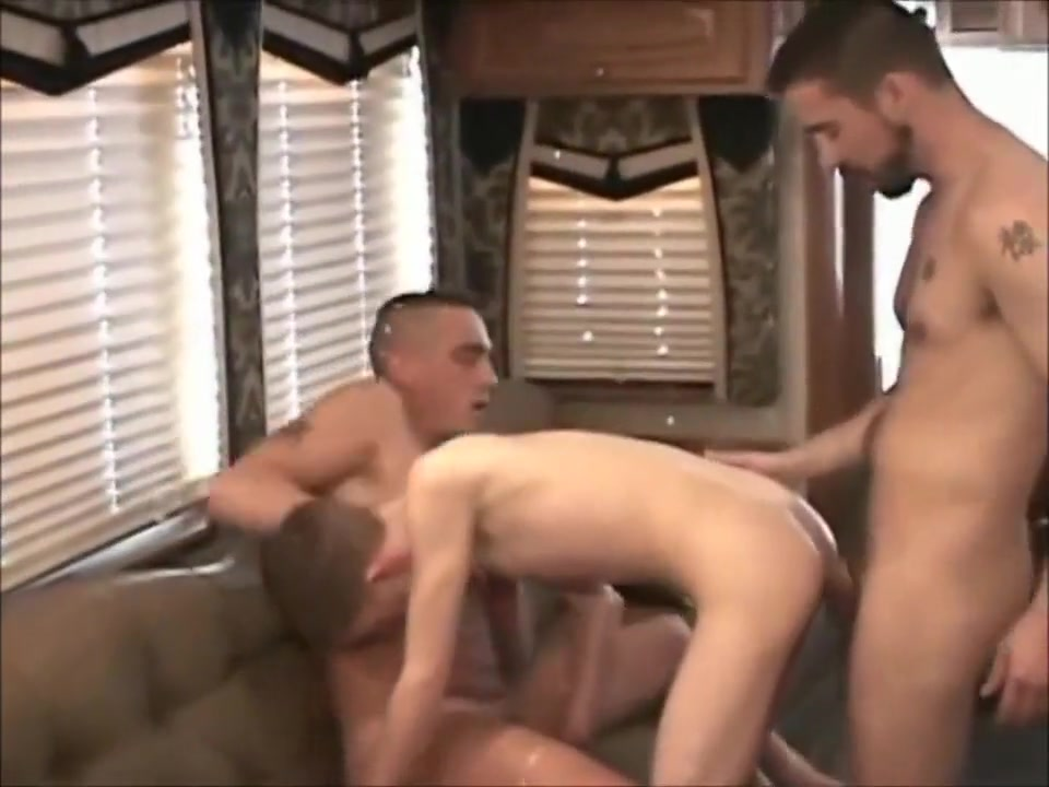 Sexy Twink Was Fucked By 2 Men Pt1 Hd Xxx Video Hdi