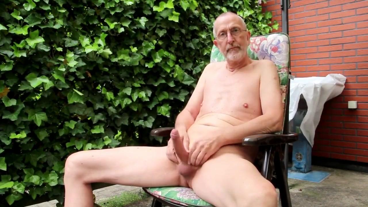 Nackedeis wichst 120 muter sex with son
