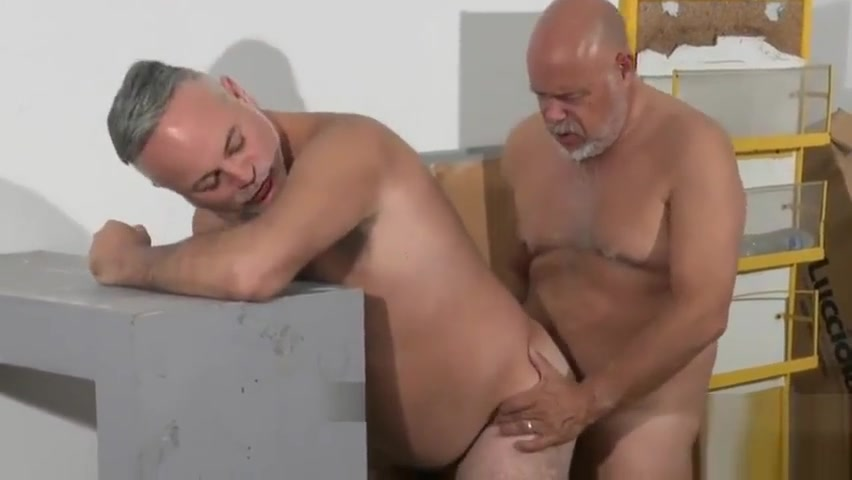 TRAILER O4M Maintenance Shift Black sucking old mans cock