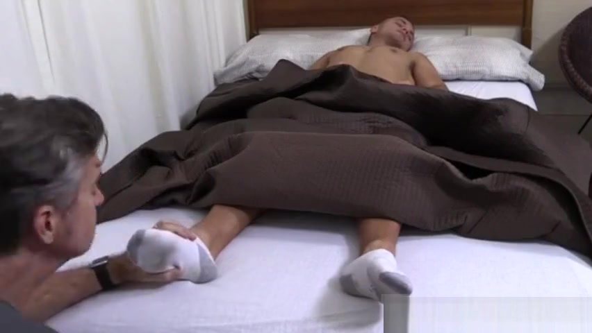 Tommy gets feet worshiped girls fuked in there sleep